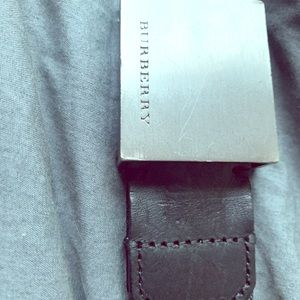 Burberry men's belt. size 30/75